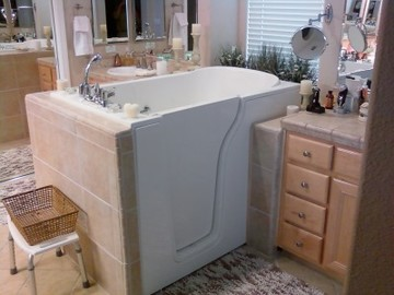 Walk in tub installed in Ohio